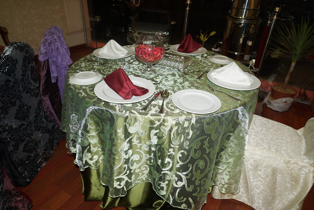 الآن للبيع وبكميات محدودة كراسي نابليون بألوانها وكراسي وطاولات للأفراح والقاعات i_ec3c5773131.jpg